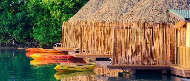 nhà mái lá đẹp được ứng dụng trong resort