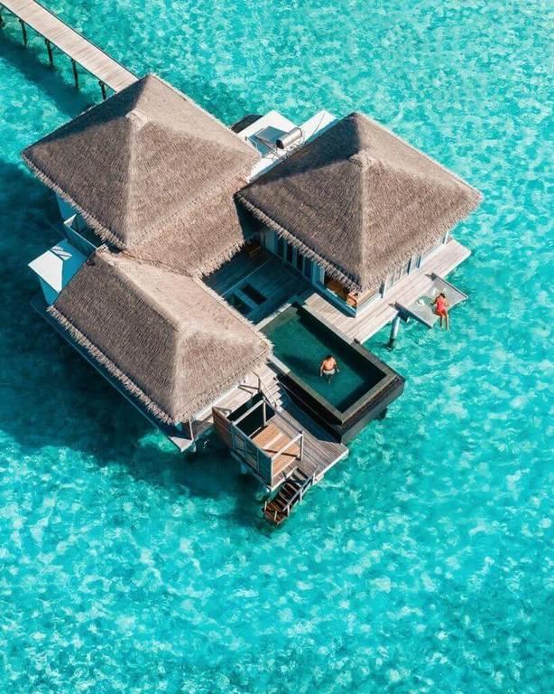 nhà mái lá trong thiết kế resort